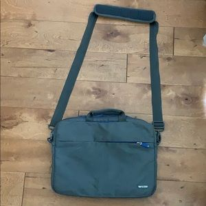 Laptop Bag by Incase, Great for Mac Book Air/Pro.